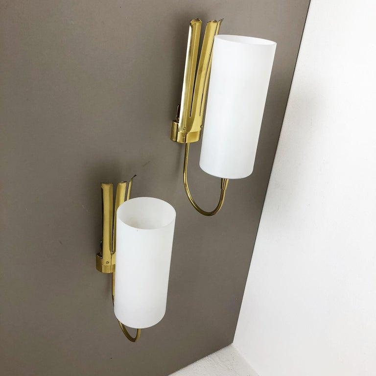 Set of Two Stilnovo Style Brass Italian Wall Lights Sconces, Italy, 1950s For Sale 7