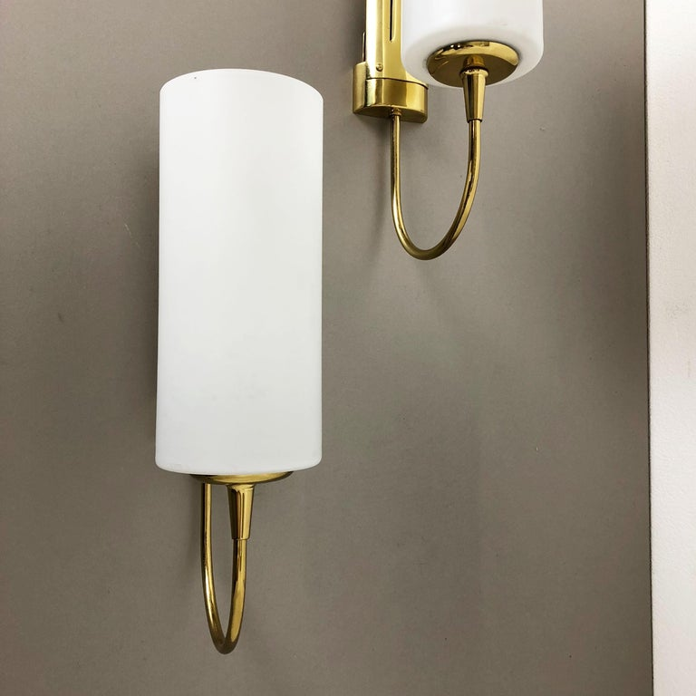 Set of Two Stilnovo Style Brass Italian Wall Lights Sconces, Italy, 1950s For Sale 9