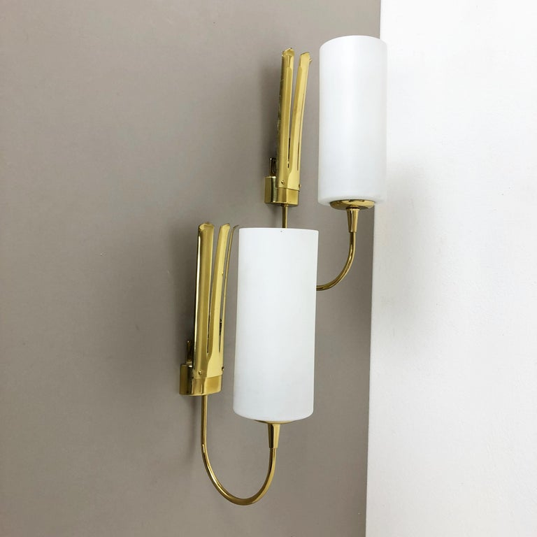 Set of Two Stilnovo Style Brass Italian Wall Lights Sconces, Italy, 1950s For Sale 1