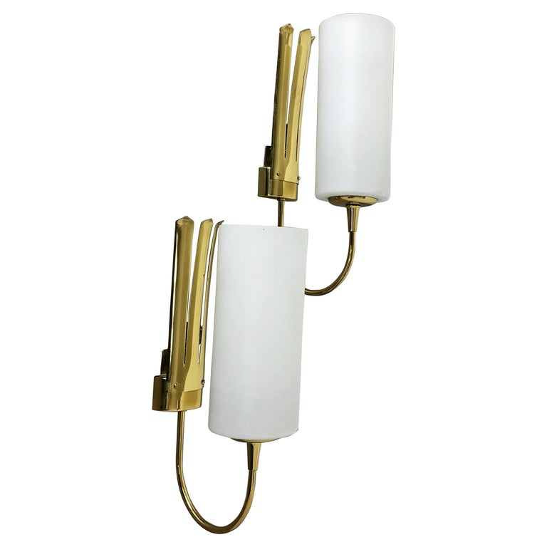 Set of Two Stilnovo Style Brass Italian Wall Lights Sconces, Italy, 1950s For Sale