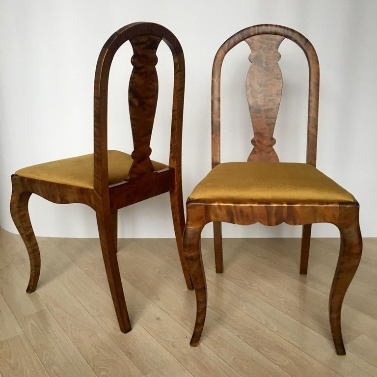 Set of Two Swedish Satin Birch Chairs, 1910s For Sale 1