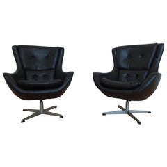 Set of Two Swivel Lounge Armchairs Egg, Kanari, Denmark, 1970s