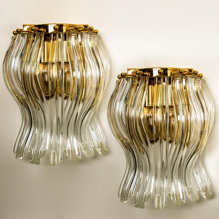 Set of Two Venini Style Murano Glass and Gilt Brass Sconces, Italy In Good Condition For Sale In Rijssen, NL