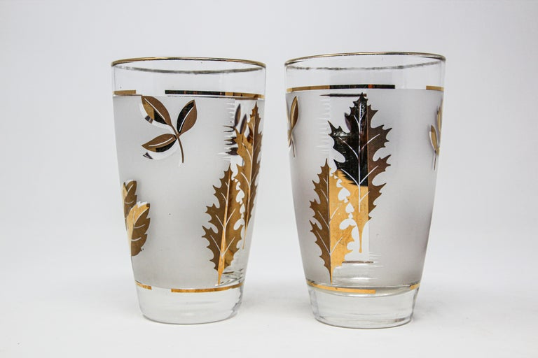 Set of Two Vintage Cocktail Glasses by Libbey For Sale 10