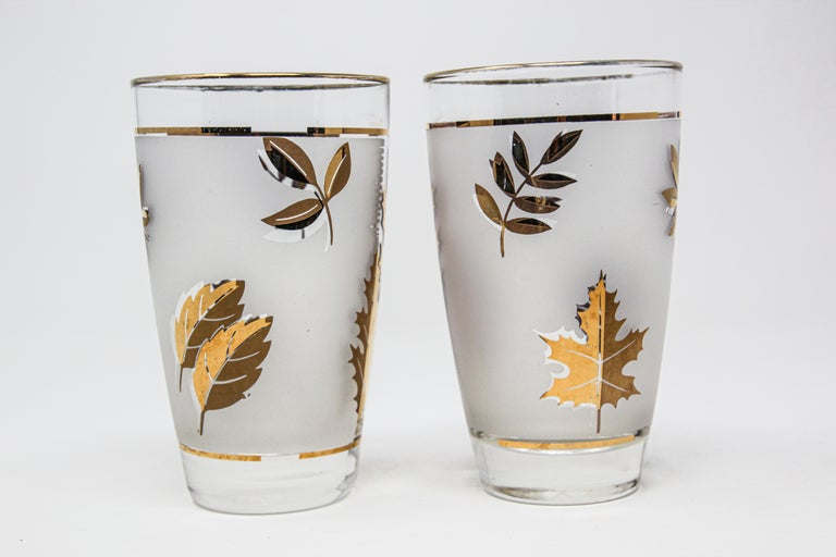 Set of Two Vintage Cocktail Glasses by Libbey For Sale 11