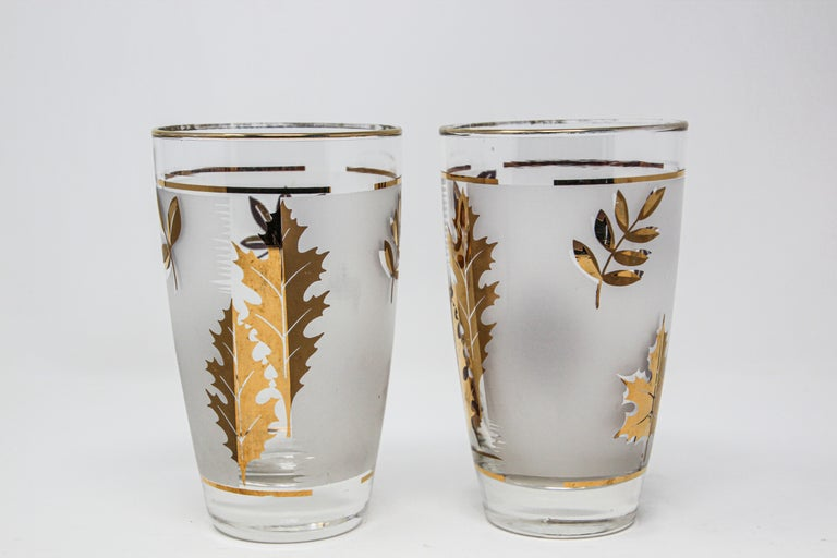 American Set of Two Vintage Cocktail Glasses by Libbey For Sale