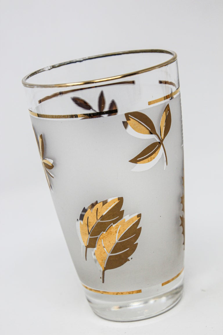20th Century Set of Two Vintage Cocktail Glasses by Libbey For Sale