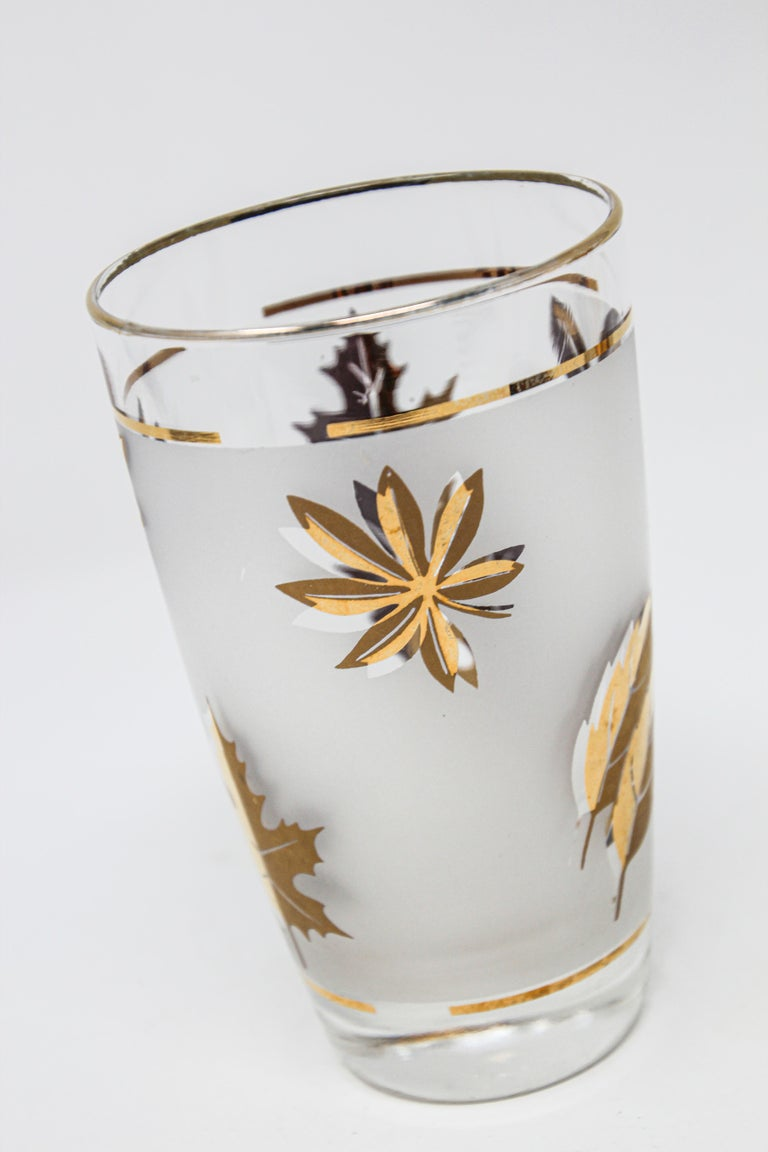 Set of Two Vintage Cocktail Glasses by Libbey For Sale 1