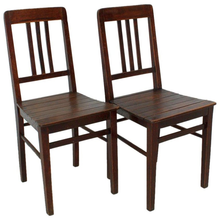 Vintage Wooden Chairs >> Set Of Two Vintage Wooden Chairs Circa 1920