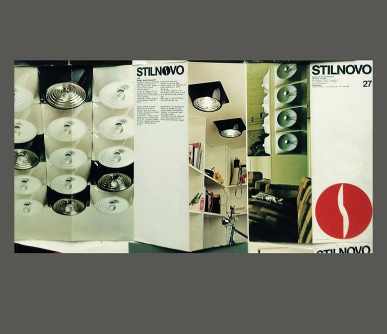 Set of Two Wall Lamps by Nizzoli Associati for Stilnovo, 1969 For Sale 1