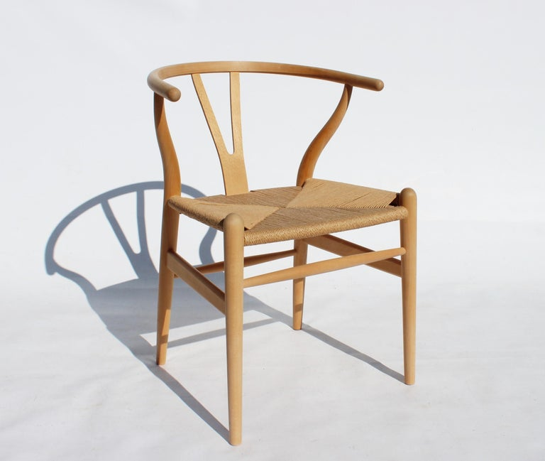 Set of Two Wishbone Chairs, Model CH24, of Beech Hans J. Wegner In Good Condition For Sale In Lejre, DK