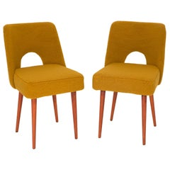 Set of Two Yellow Ochre Boucle 'Shell' Chairs, 1960s