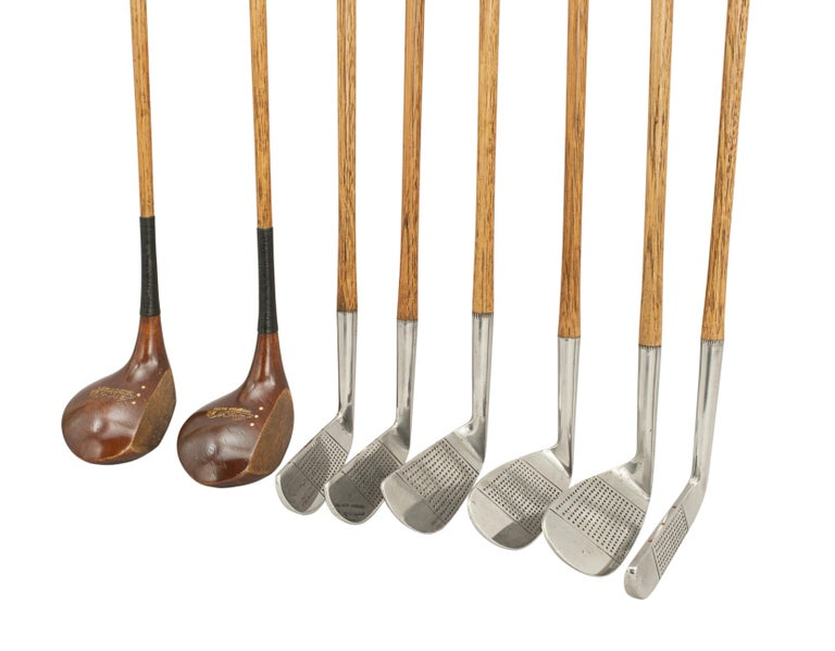 Set of Vintage Golf Clubs by Gibson of Kinghorn, Scotland In Excellent Condition For Sale In Oxfordshire, GB