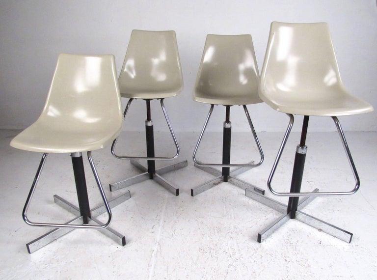 Mid-Century Modern Set of Vintage Swivel Adjustable Barstools For Sale