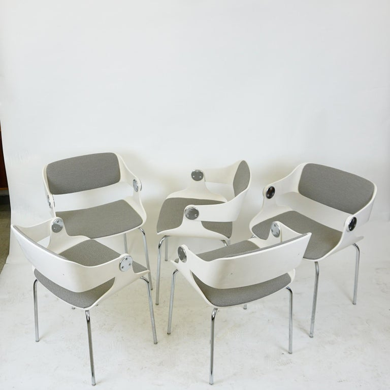 Set of White Space Age Plywood and Grey Fabric Chairs by Eugen Schmidt, Germany In Good Condition For Sale In Vienna, AT
