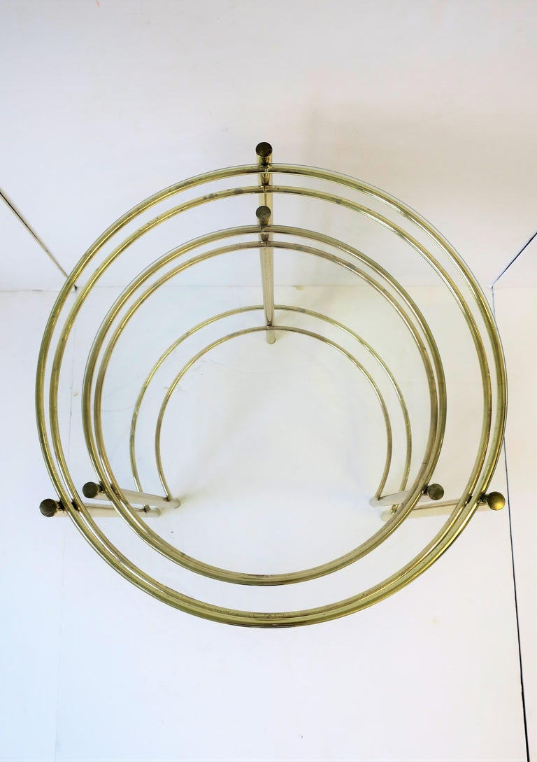 Set Round Brass and Glass Nesting End or Side Tables For Sale 3