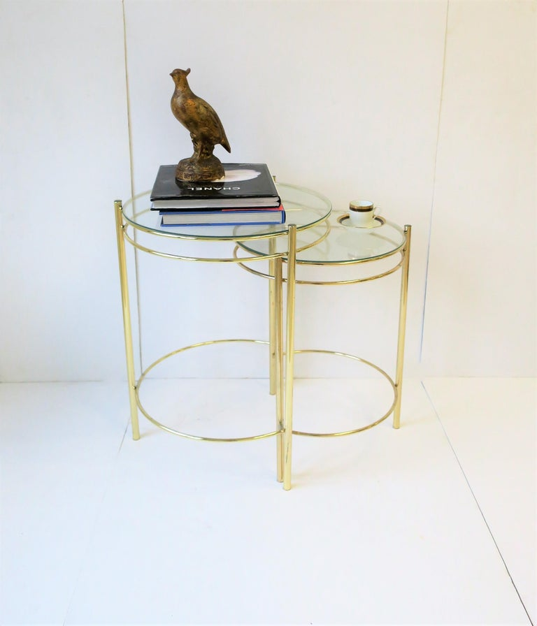 20th Century Set Round Brass and Glass Nesting End or Side Tables For Sale