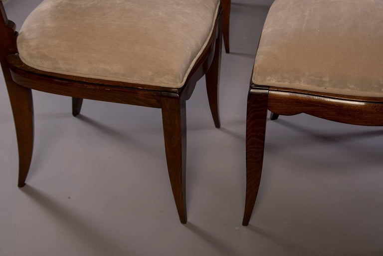 Set of Six Midcentury Italian Polished Walnut Dining Chairs For Sale 5