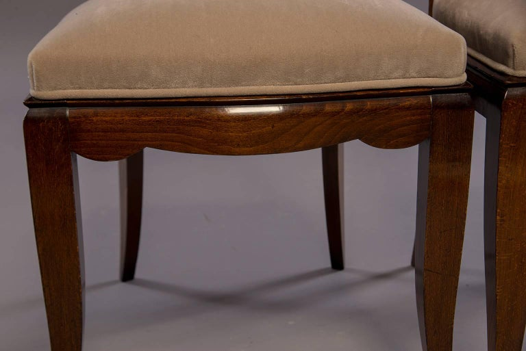 20th Century Set of Six Midcentury Italian Polished Walnut Dining Chairs For Sale
