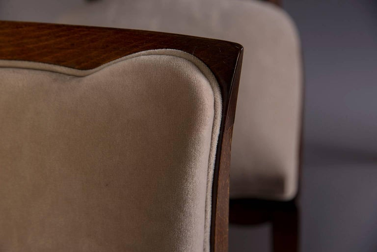 Set of Six Midcentury Italian Polished Walnut Dining Chairs For Sale 3