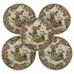 Set Ten Pearlware Plates with Chinoiserie Decoration Made England, circa 1820