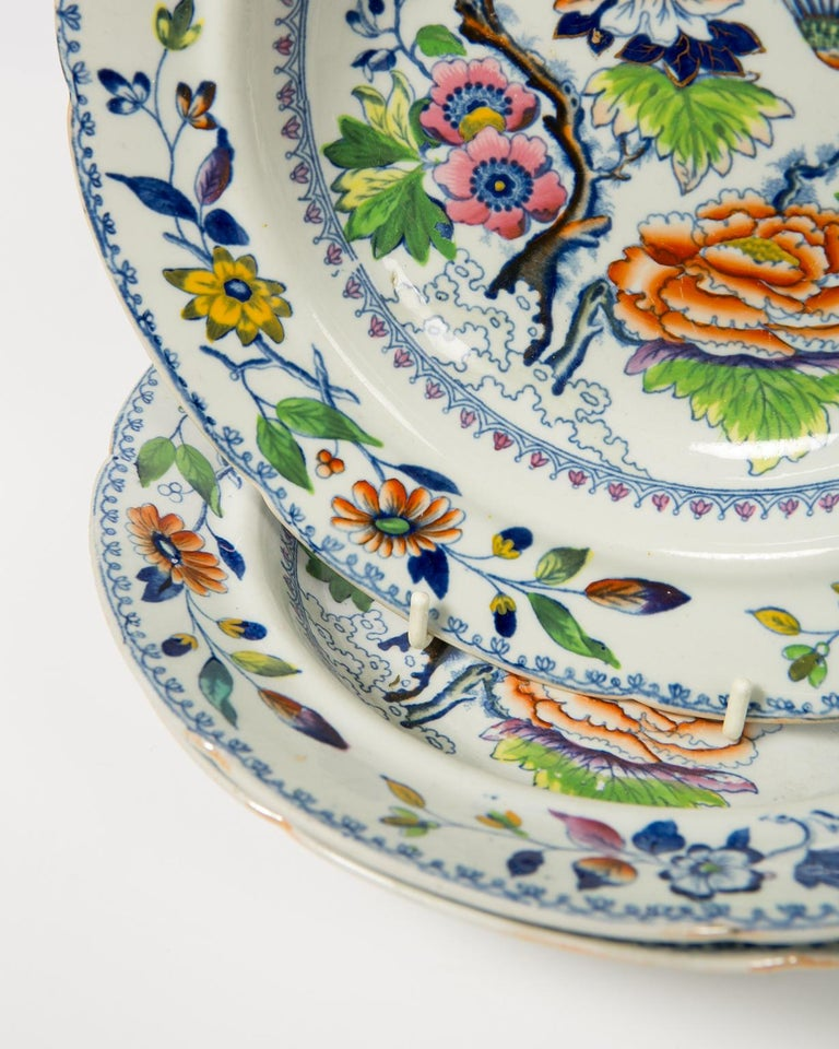 Chinoiserie Set of Twelve Antique Dishes Flying Bird Pattern For Sale