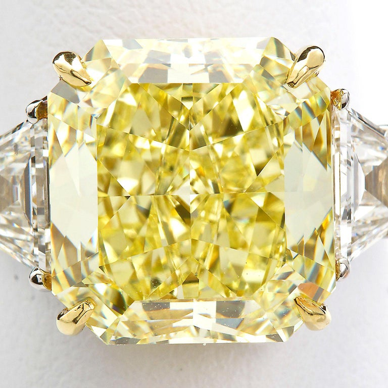 7 Carat Fancy Yellow Radiant Cut Diamond Engagement Ring GIA For Sale 11