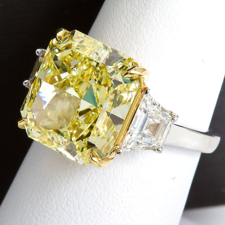 7 Carat Fancy Yellow Radiant Cut Diamond Engagement Ring GIA For Sale 12