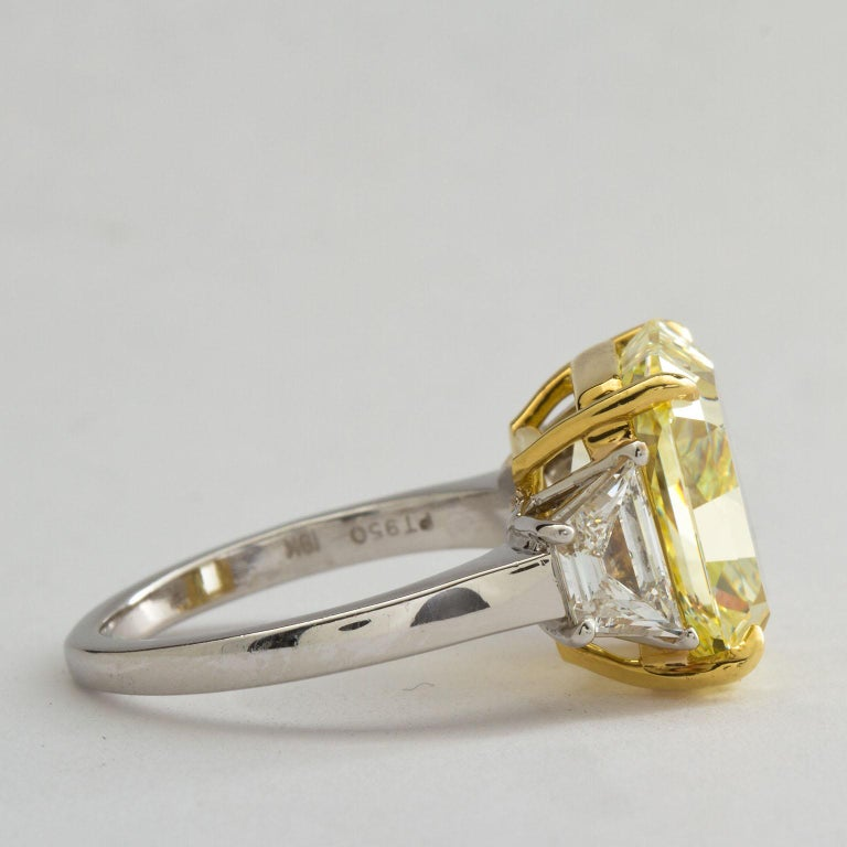 Women's 7 Carat Fancy Yellow Radiant Cut Diamond Engagement Ring GIA For Sale