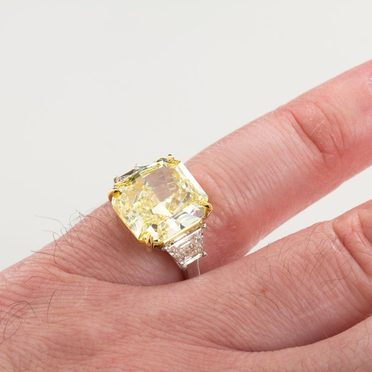 7 Carat Fancy Yellow Radiant Cut Diamond Engagement Ring GIA For Sale 5