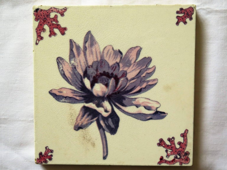 Seven Floral Ceramic Wall Tiles European Hand-Painted, Early / Mid 20th Century In Good Condition For Sale In Lincoln, Lincolnshire
