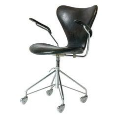 """""""Seven"""" Office Chair by Arne Jacobsen for Fritz Hansen, Denmark, 1950s"""