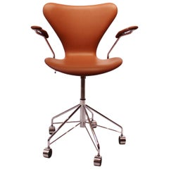 Seven Office Chairs, Model 3217, in Cognac Classic Leather, Arne Jacobsen