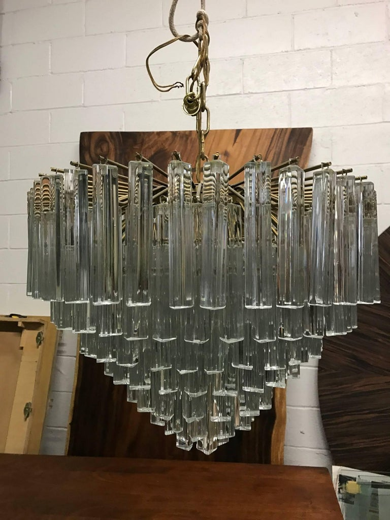 Seven-tier Murano Camer link chandelier. Measures: 22