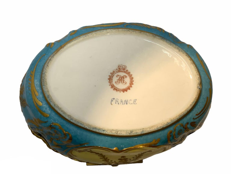 Sevres Style French Porcelain Trinket Box For Sale 1