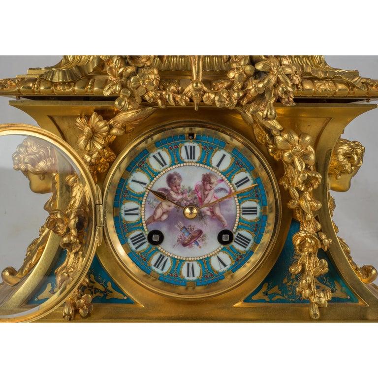 Sèvres-Style Gilt Bronze Mounted Porcelain Mantel Clock For Sale 1