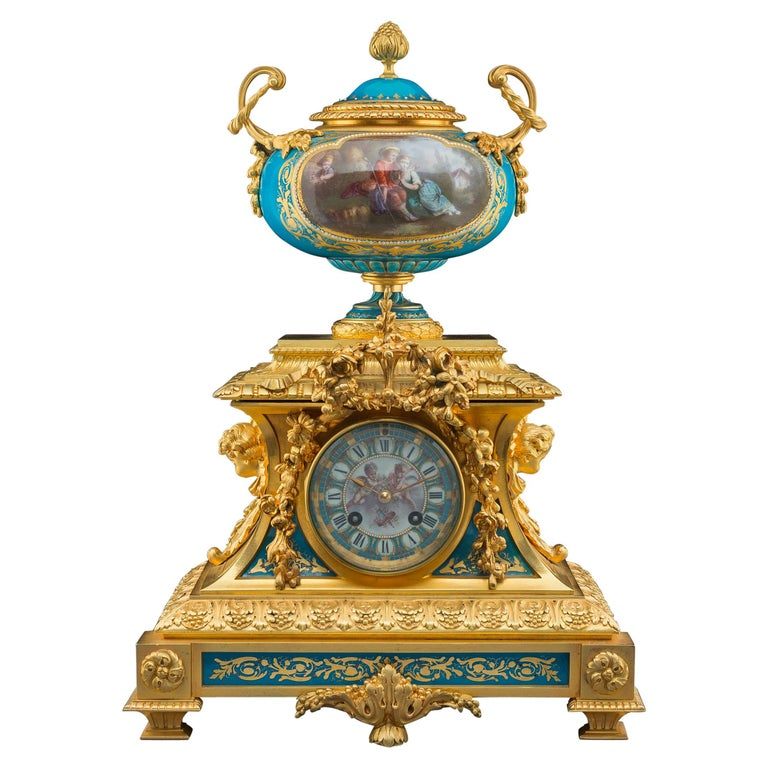 Sèvres-Style Gilt Bronze Mounted Porcelain Mantel Clock For Sale