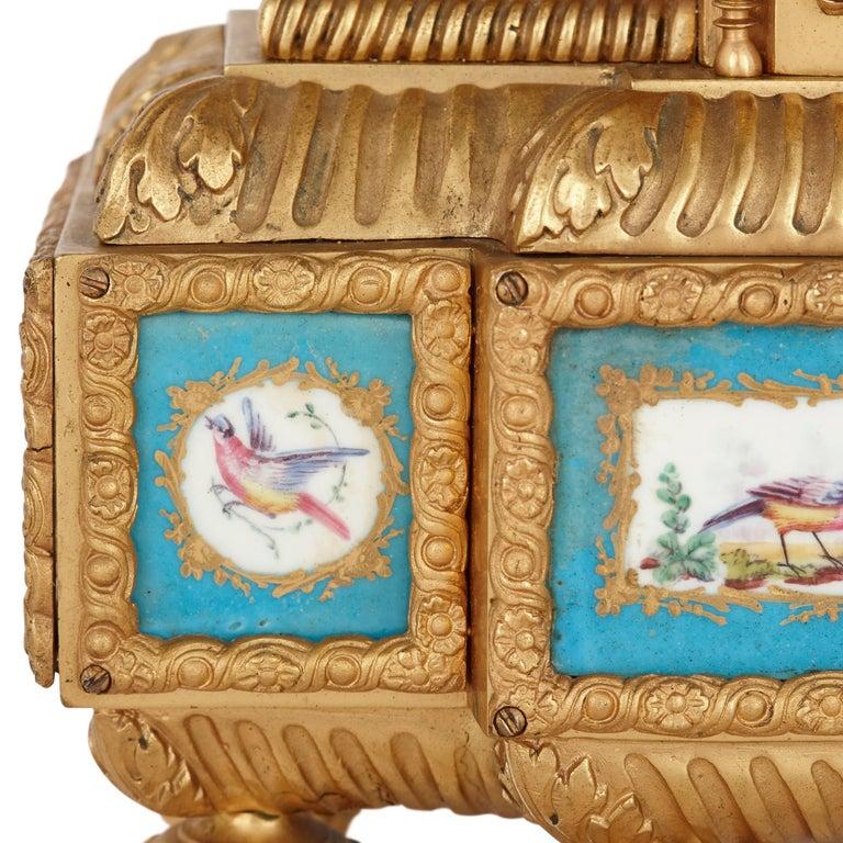 19th Century Sèvres Style Porcelain and Gilt Bronze Mantel Clock For Sale