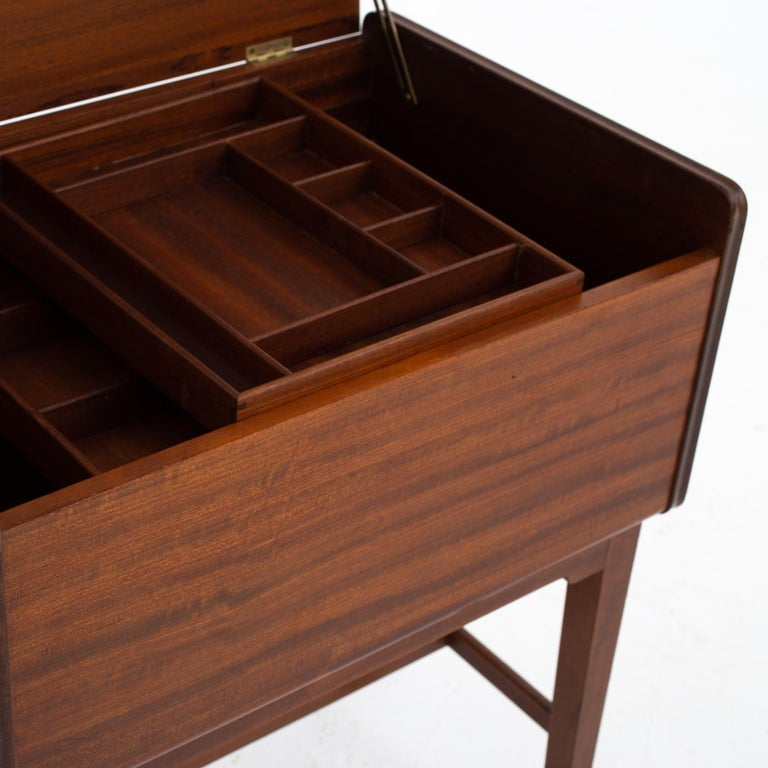 Sewing Table by Ludvig Pontoppidan In Good Condition In Copenhagen, DK