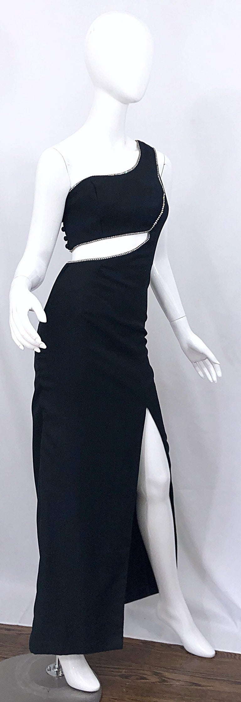 Sexy 1990s Size 6 / 8 Black Crepe Rayon + Rhinestones One Shoulder Cut Out Gown For Sale 2