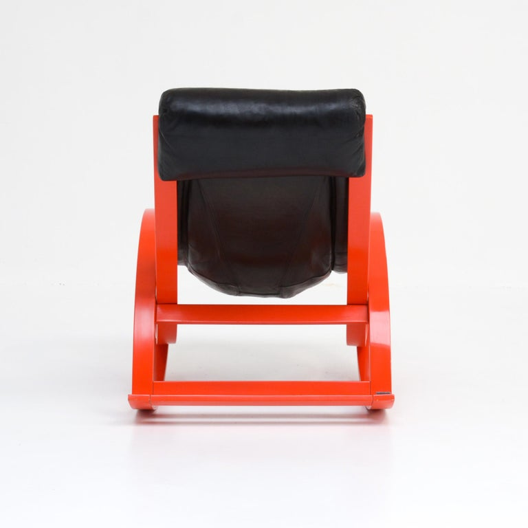 Sgarsul Rocking Chair by Gae Aulenti for Poltronova In Good Condition For Sale In Vlimmeren, BE