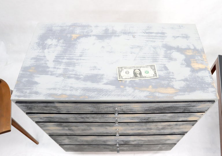 Shabby Chic Finish 5 Drawers Paul McCobb Dresser with Cone Pulls For Sale 1