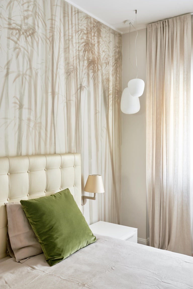 Shadows, Hand Painted Wallpaper In New Condition For Sale In Milan, IT