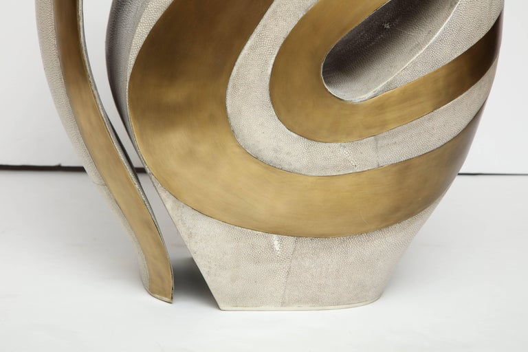 Philippine Shagreen Stool with Brass Details, Cream Shagreen, Organic Shape, in Stock For Sale