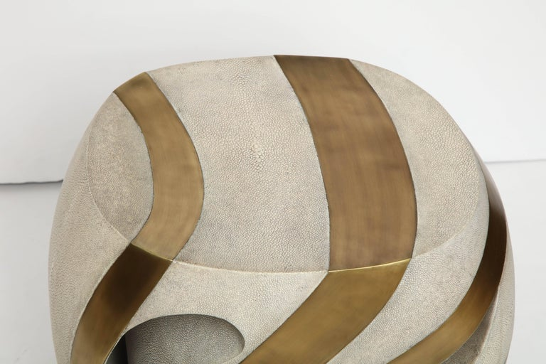 Hand-Crafted Shagreen Stool with Brass Details, Cream Shagreen, Organic Shape, in Stock For Sale