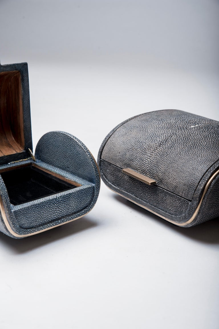 Hand-Crafted Shagreen Box with Bronze-Patina Brass Details by Kifu, Paris For Sale