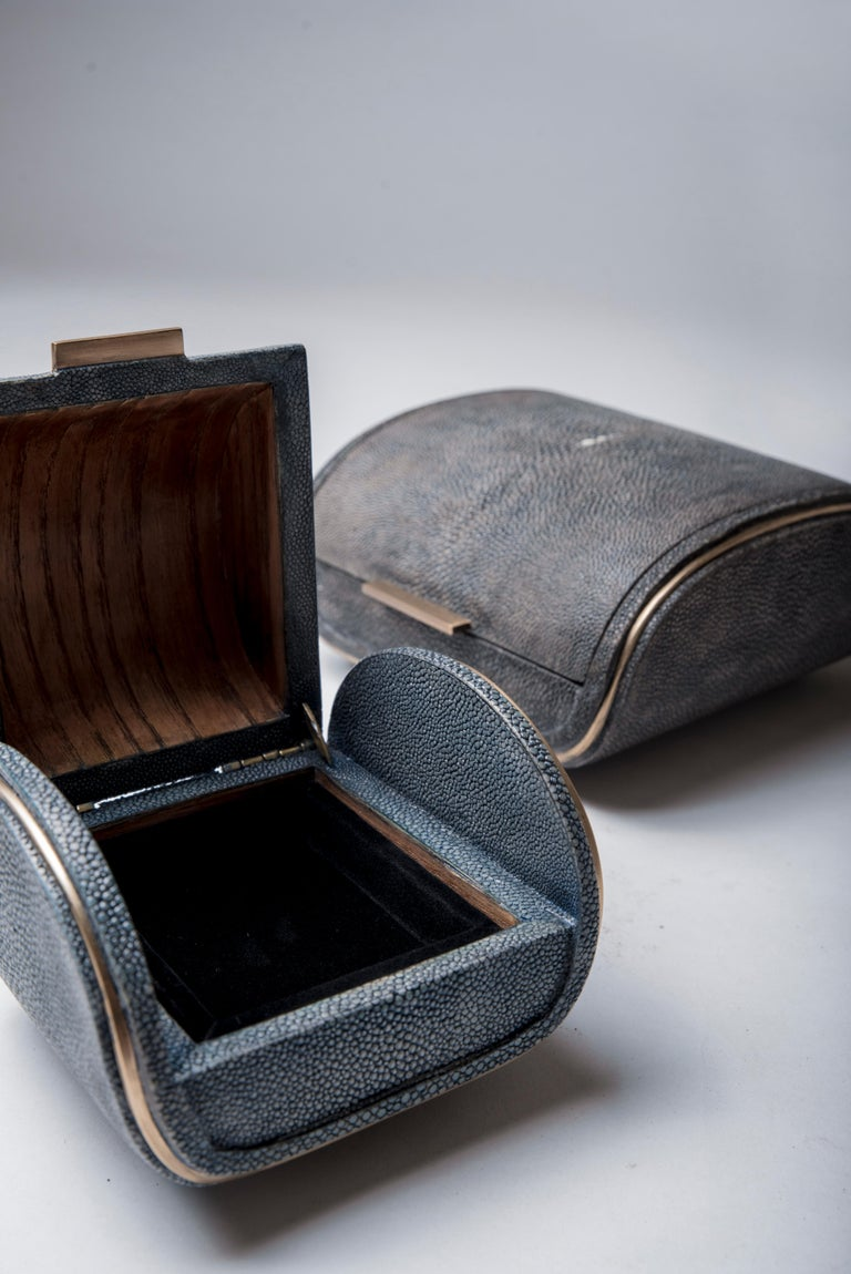 Hand-Crafted Shagreen Box with Bronze-Patina Brass Details by Kifu Paris