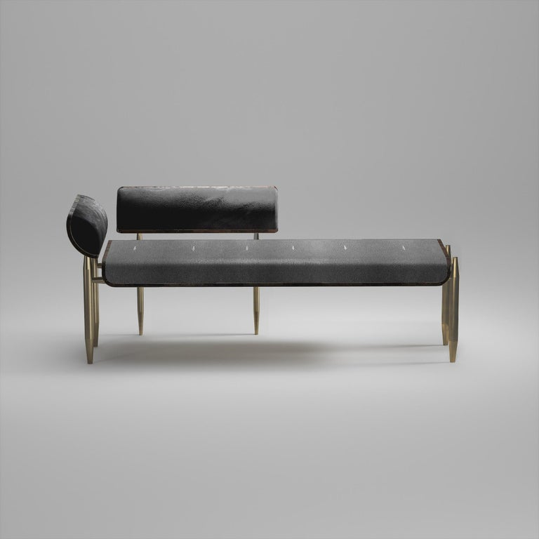 Shagreen Daybed with Bronze-Patina Brass and Fur Upholstery by Kifu Paris In New Condition For Sale In New York, NY