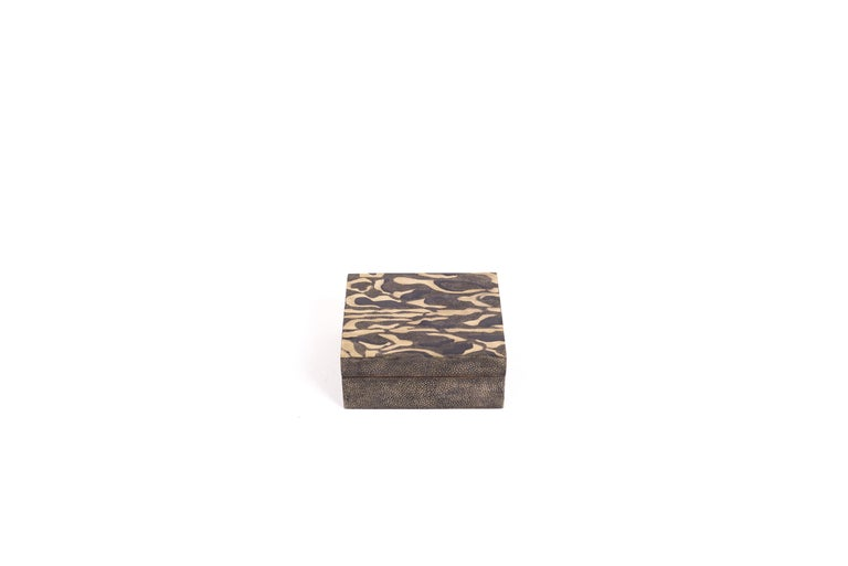 Hand-Crafted Shagreen Leopard Pattern Box with Shell and Brass Details by Kifu Paris For Sale
