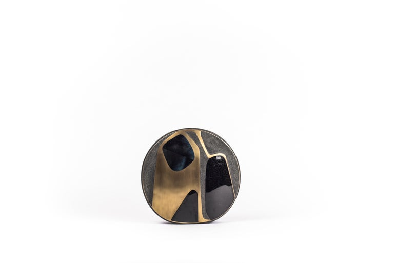 Shagreen Vase with Pen Shell and Bronze-Patina Brass Details by R&Y Augousti For Sale 3